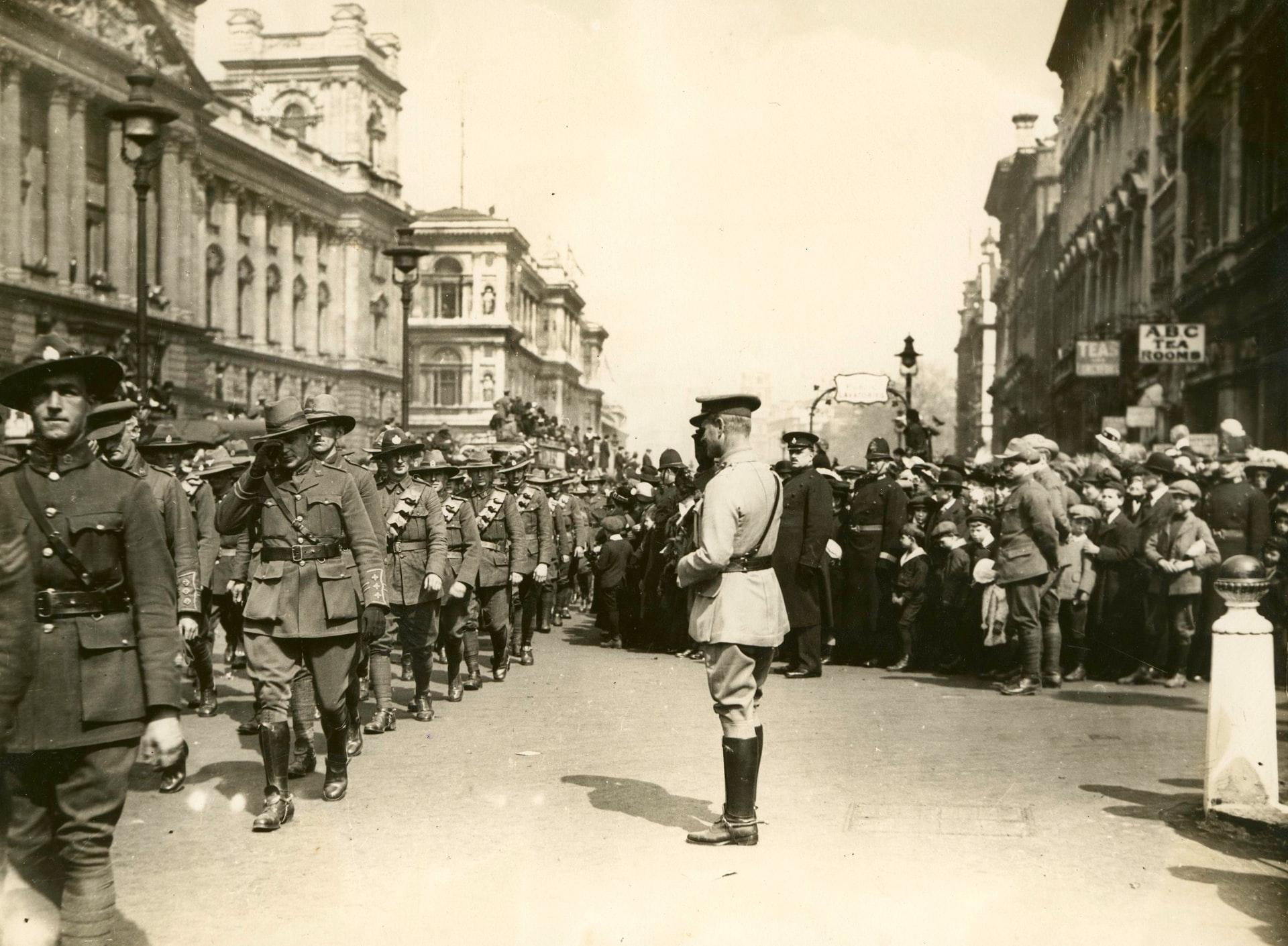 Anzac Day UK 1919 - heroic men